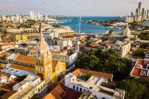 ¿Cuáles son los meses más económicos para viajar por Colombia?