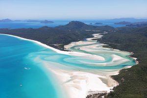Paraísos caribeños e islas griegas: 12 destinos de vacaciones que nunca se enfrían